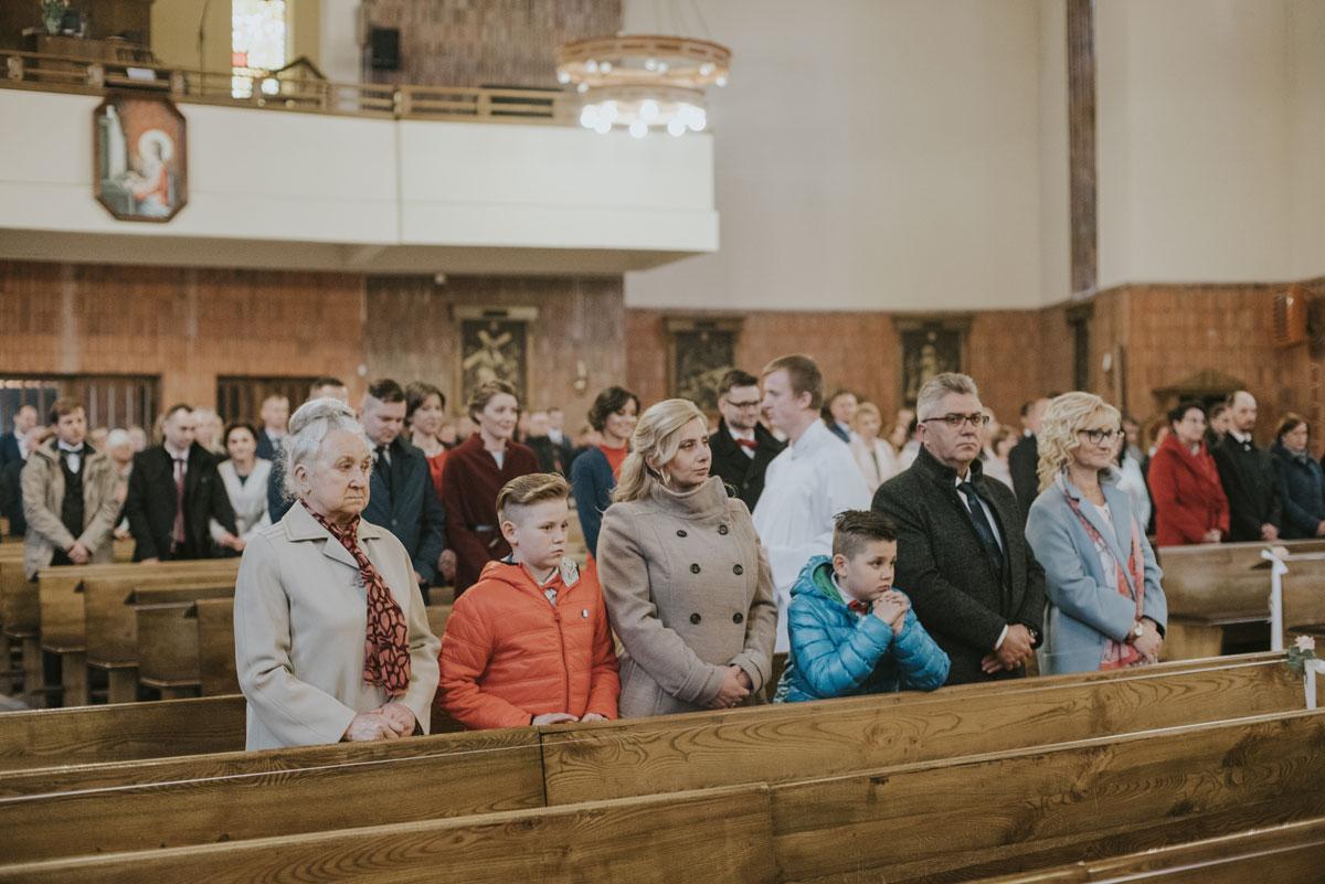 fotografia-slubna-Bydgoszcz-reportaz-slubny-pomorskie-zdjecia-slubne-fotografia-slubna-swietliste-fotografujemy-emocje-Torun-068