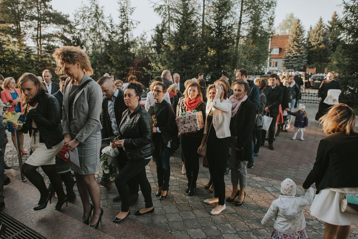 fotografia-slubna-bydgoszcz-swietliste-fotografujemy-emocje-zosia-michal-reportaz-slubny-wesele-dwór-hulanka-bydgoszcz-114