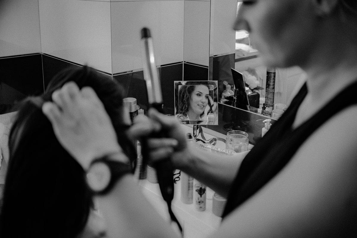 Reportaz-slubny-Bydgoszcz-Kosciol-NMP-Wspomozycielki-Wiernych-Niemcz-fotografia-slubna-Swietliste-fotografujemy-emocje-Torun-Hotel-Palac-Myslecinek-Paulina-Radek-010