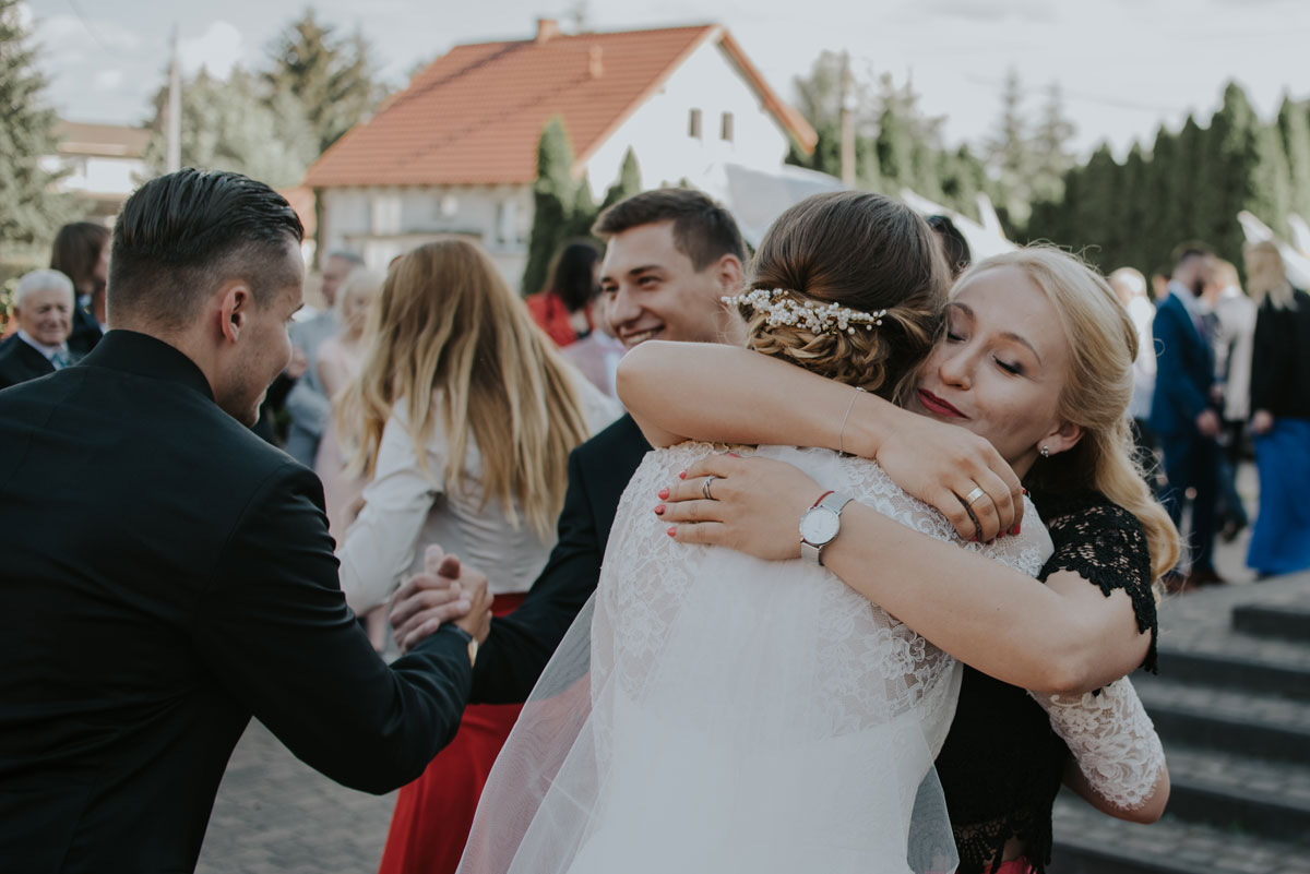 fotografia-slubna-bydgoszcz-swietliste-fotografujemy-emocje-ada-tomek-reportaz-slubny-wesele-dwór-hulanka-bydgoszcz-103