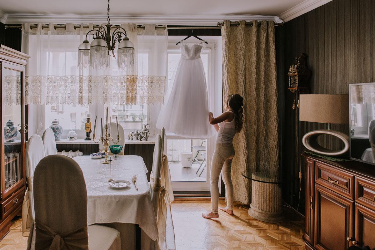 fotografia-slubna-Bydgoszcz-Swietliste-historie-fotografujemy-emocje-Kosciol-Sw-Mikolaja-Restauracja-Maestra-Opera-NOVA-Ania-Piotr-005