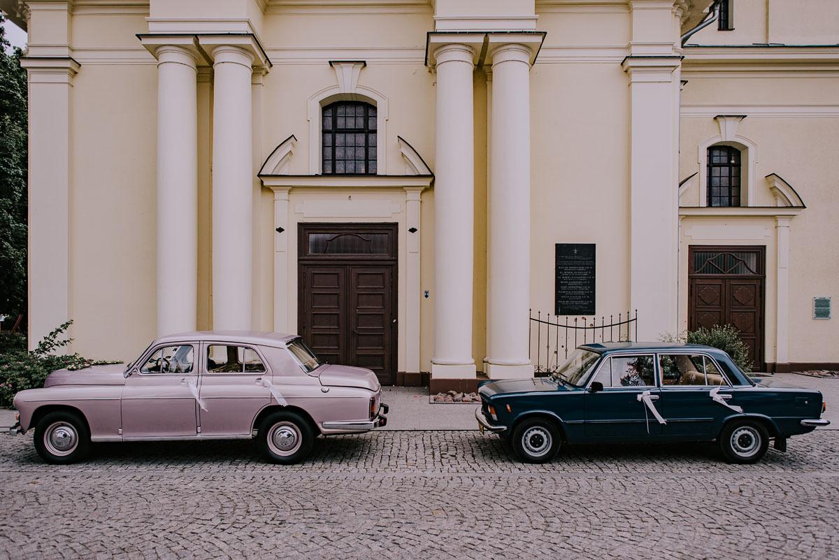 fotografia-slubna-Bydgoszcz-Swietliste-historie-fotografujemy-emocje-Kosciol-Sw-Mikolaja-Restauracja-Maestra-Opera-NOVA-Ania-Piotr-038