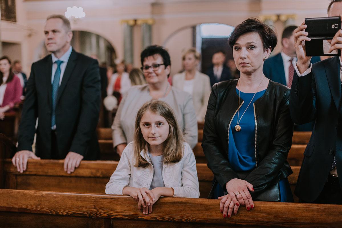 fotografia-slubna-Bydgoszcz-Swietliste-historie-fotografujemy-emocje-Kosciol-Sw-Mikolaja-Restauracja-Maestra-Opera-NOVA-Ania-Piotr-061