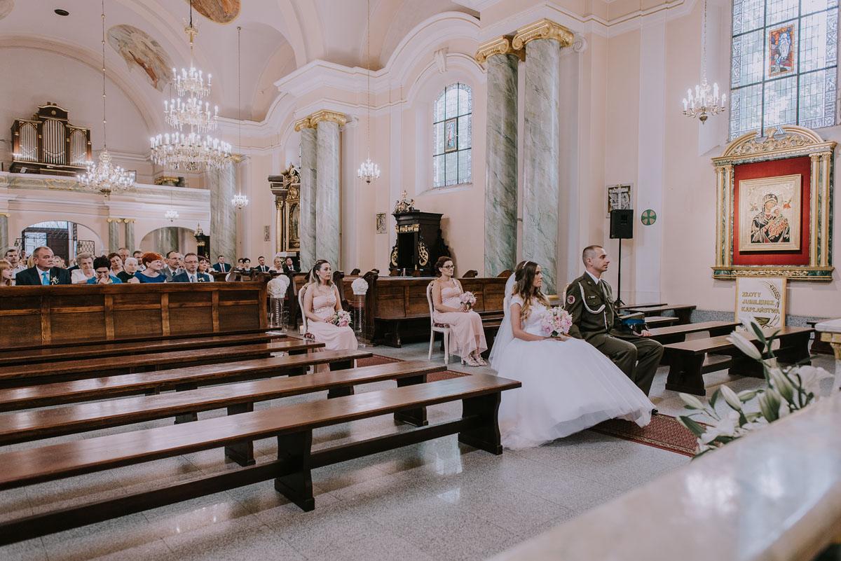 fotografia-slubna-Bydgoszcz-Swietliste-historie-fotografujemy-emocje-Kosciol-Sw-Mikolaja-Restauracja-Maestra-Opera-NOVA-Ania-Piotr-071