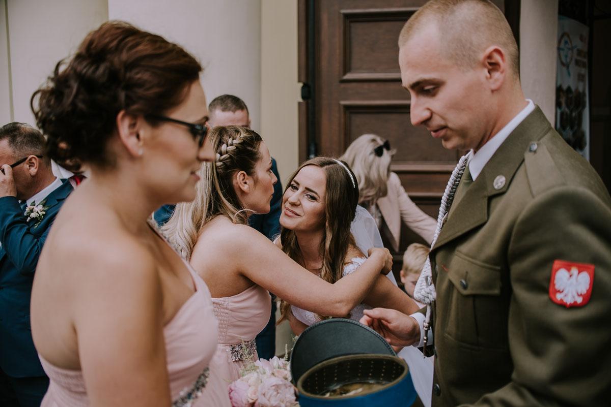fotografia-slubna-Bydgoszcz-Swietliste-historie-fotografujemy-emocje-Kosciol-Sw-Mikolaja-Restauracja-Maestra-Opera-NOVA-Ania-Piotr-085