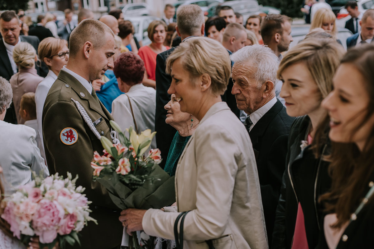 fotografia-slubna-Bydgoszcz-Swietliste-historie-fotografujemy-emocje-Kosciol-Sw-Mikolaja-Restauracja-Maestra-Opera-NOVA-Ania-Piotr-087