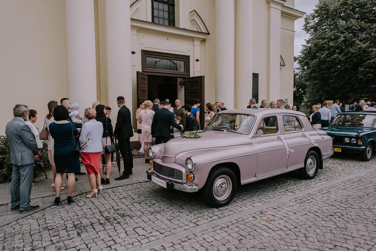fotografia-slubna-Bydgoszcz-Swietliste-historie-fotografujemy-emocje-Kosciol-Sw-Mikolaja-Restauracja-Maestra-Opera-NOVA-Ania-Piotr-092