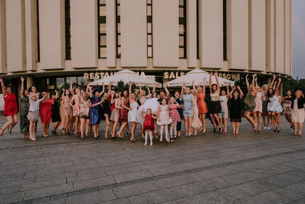 fotografia-slubna-Bydgoszcz-Swietliste-historie-fotografujemy-emocje-Kosciol-Sw-Mikolaja-Restauracja-Maestra-Opera-NOVA-Ania-Piotr-132