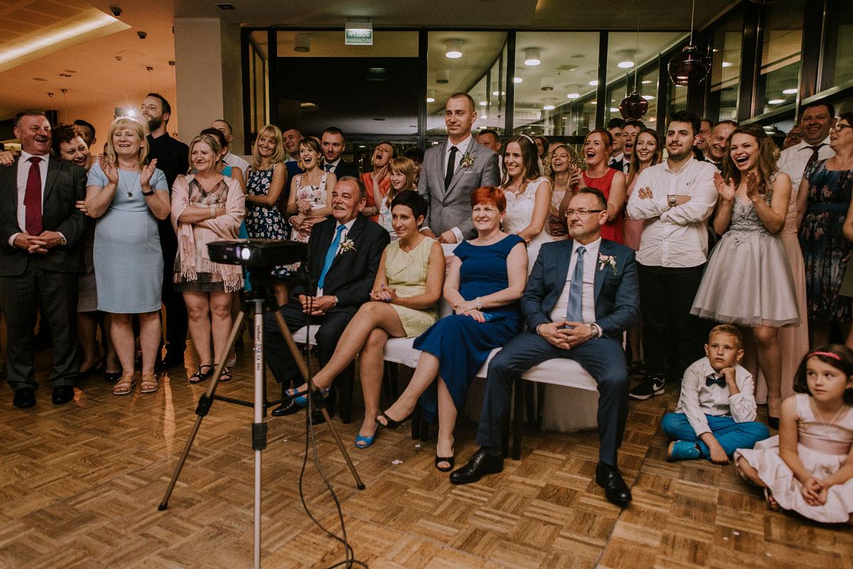 fotografia-slubna-Bydgoszcz-Swietliste-historie-fotografujemy-emocje-Kosciol-Sw-Mikolaja-Restauracja-Maestra-Opera-NOVA-Ania-Piotr-162