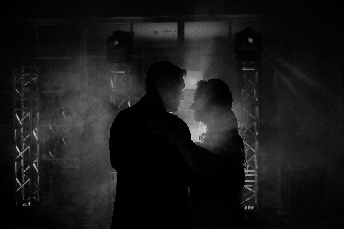 elegancki-slub-koscielny-plenerze-glamour-palac-romantyczny-turzno-fotografia-slubna-Swietliste-fotografujemy-emocje-Torun-reportaz-slubny-Ewa-Jakub-225