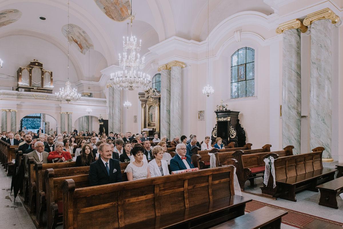 fotografia-slubna-bydgoszcz-Czardasz-Czarnowo-zdjecia-slubne-Ola-Damian-050