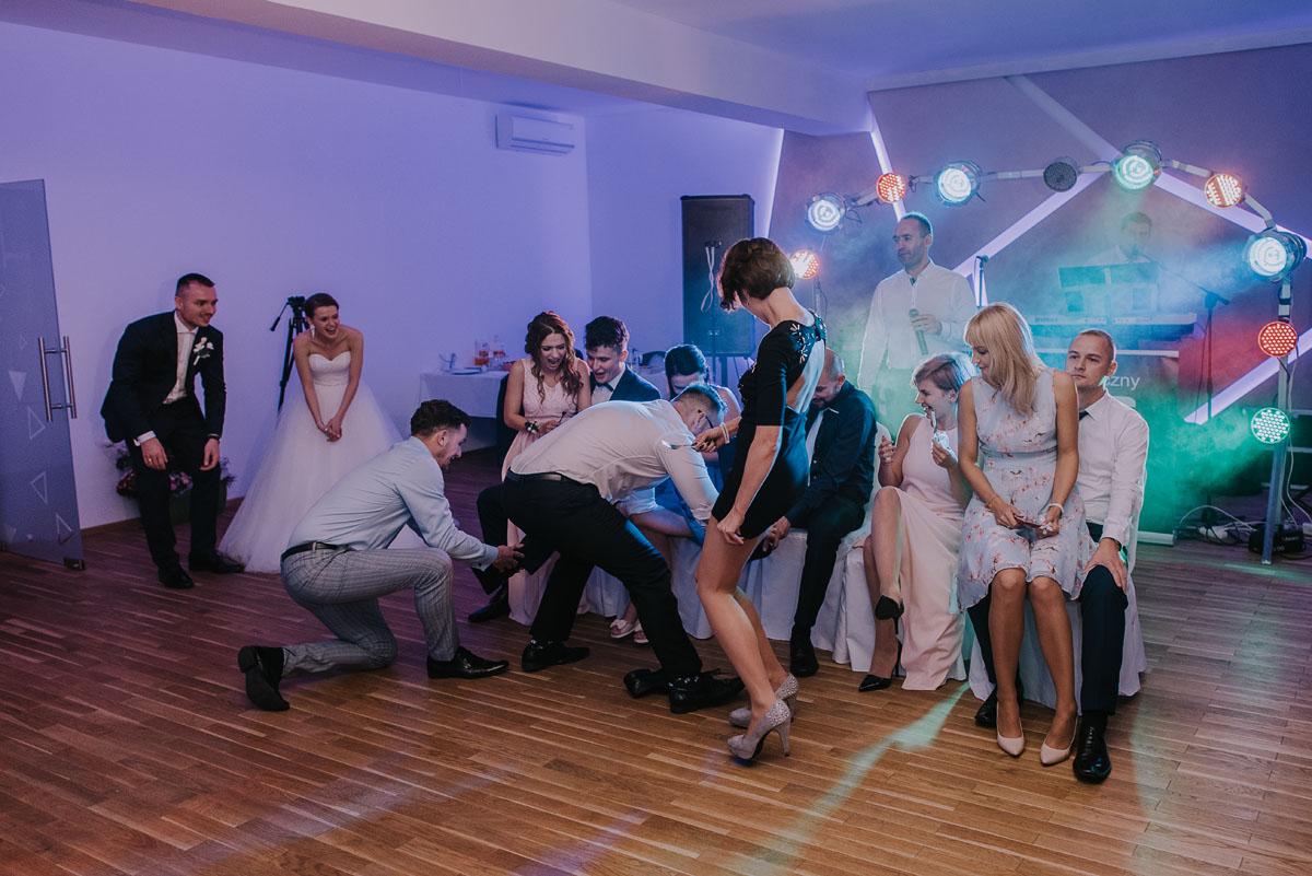 fotografia-slubna-bydgoszcz-Czardasz-Czarnowo-zdjecia-slubne-Ola-Damian-182