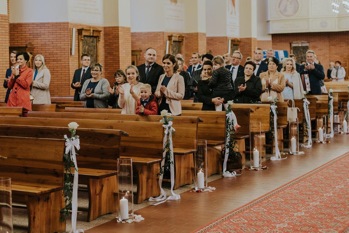 Reportaz-slubny-Kamila-Dawid-Slodka-Fanaberia-Swietliste-fotografia-slubna-Bydgoszcz-056