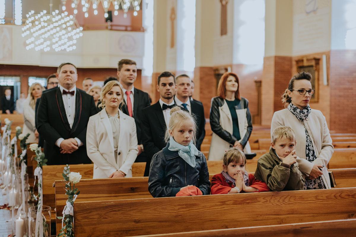 Reportaz-slubny-Kamila-Dawid-Slodka-Fanaberia-Swietliste-fotografia-slubna-Bydgoszcz-064