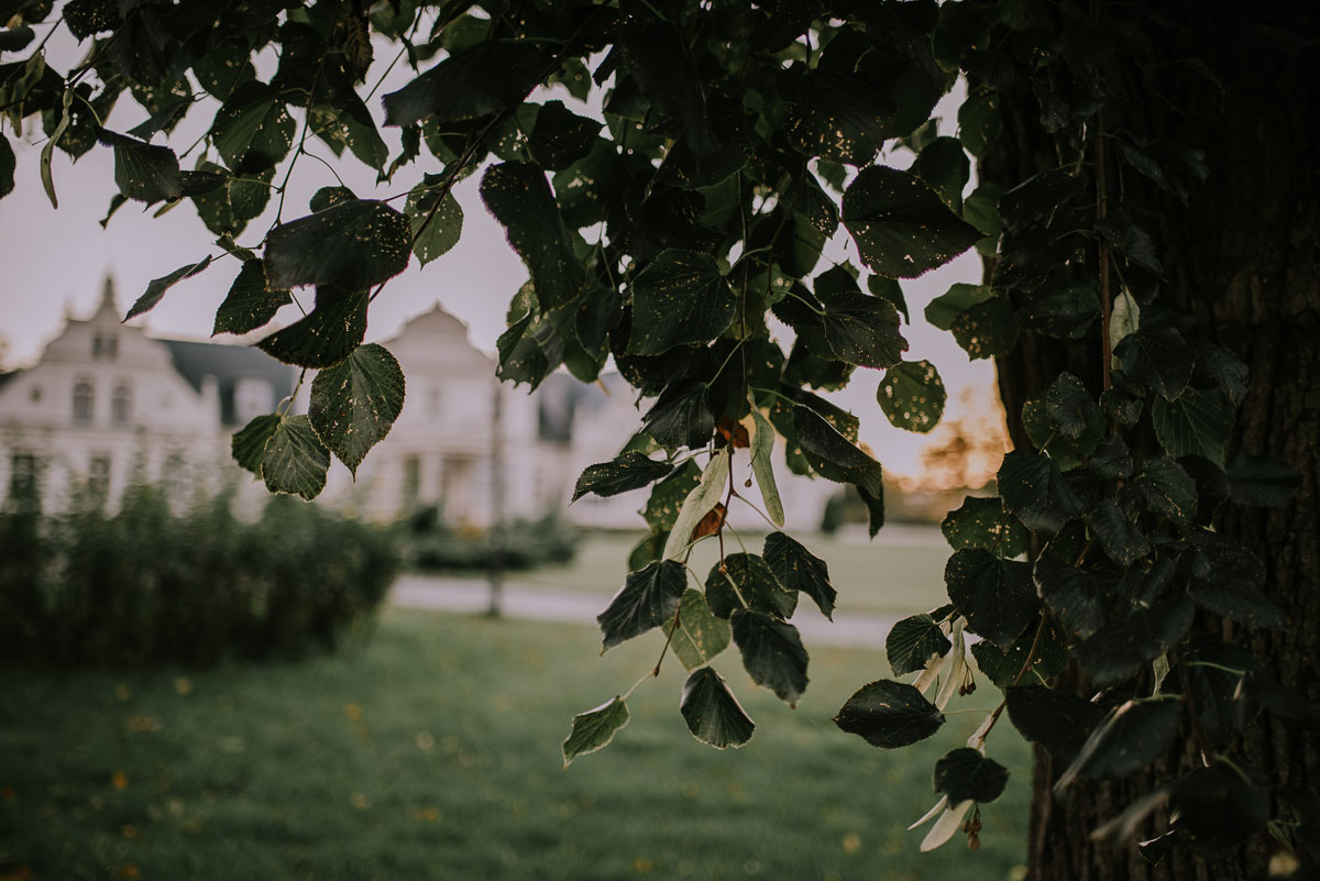 fotografia ślubna Bydgoszcz, plener ślubny Pałac Romantyczny Turzno, Ola i Damian