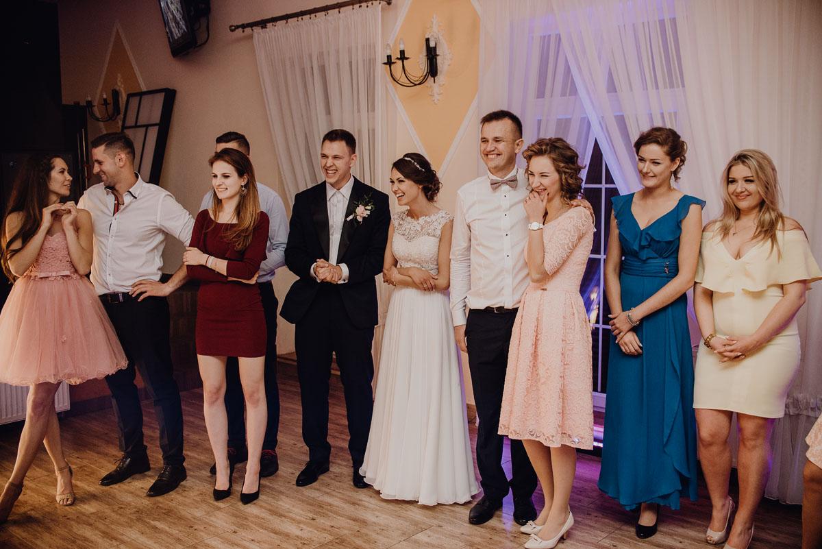 Reportaz-slubny-Anna-Filip-Swietliste-fotografia-slubna-Bydgoszcz-parafia-swietego-Wacława-Grabiu-Dwor-Biesiadny-Zakrzewo-170