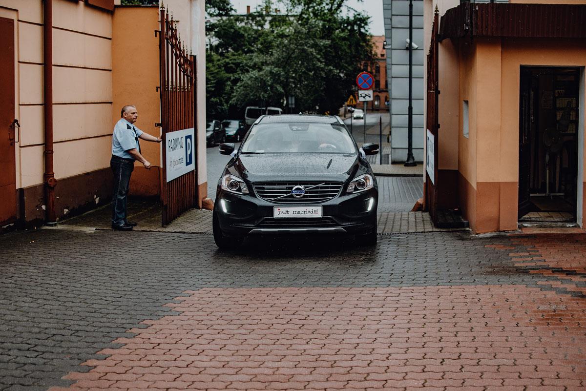 Swietliste-fotografia-slubna-Bydgoszcz-Kosciol-Garnizonowy-hotel-Pod-Orlem-Ania-Lukasz-fotografujemy-emocje-057