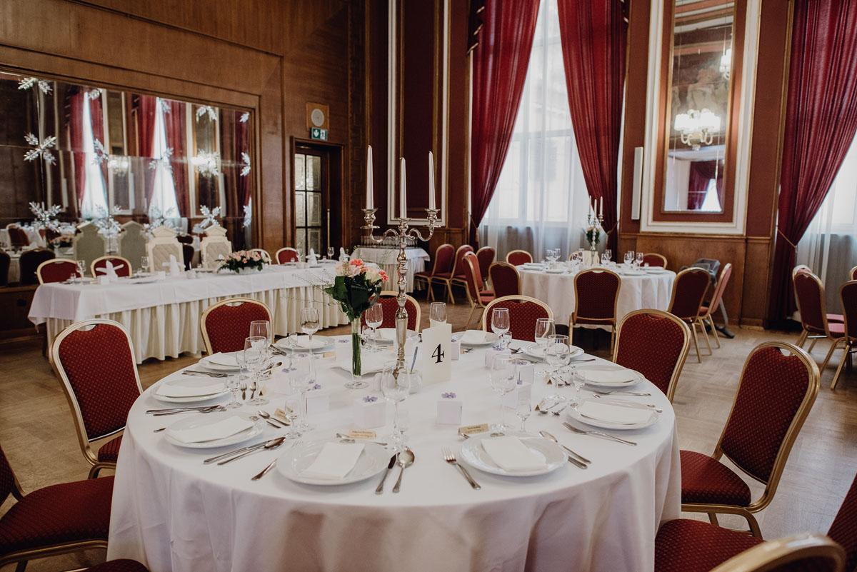 Swietliste-fotografia-slubna-Bydgoszcz-Kosciol-Garnizonowy-hotel-Pod-Orlem-Ania-Lukasz-fotografujemy-emocje-074