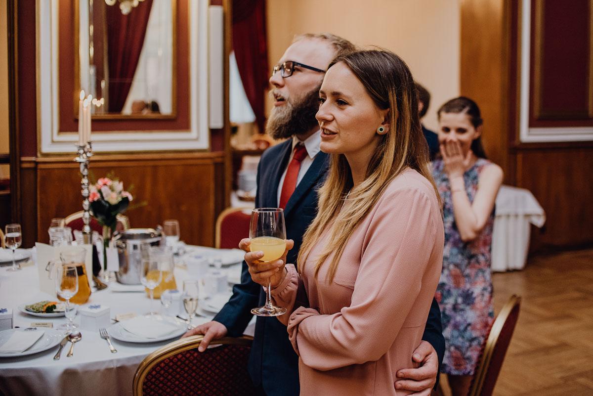 Swietliste-fotografia-slubna-Bydgoszcz-Kosciol-Garnizonowy-hotel-Pod-Orlem-Ania-Lukasz-fotografujemy-emocje-079