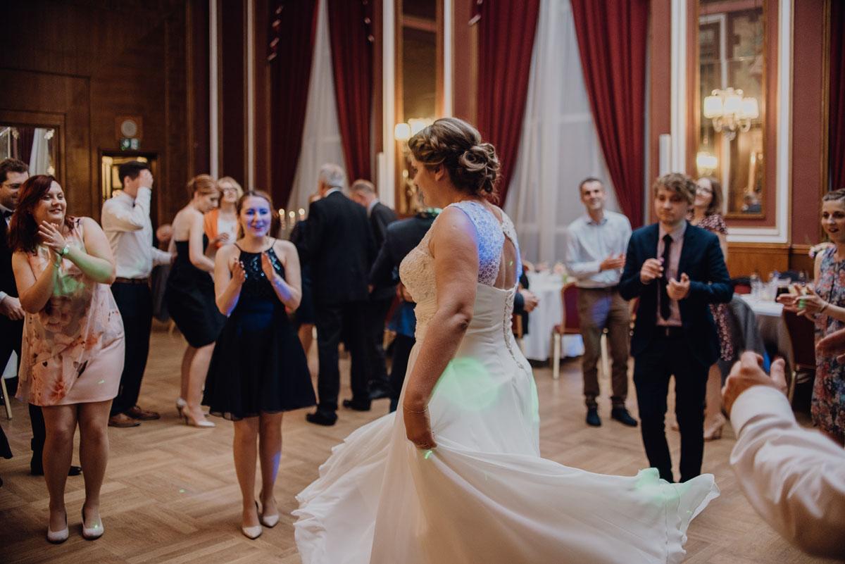 Swietliste-fotografia-slubna-Bydgoszcz-Kosciol-Garnizonowy-hotel-Pod-Orlem-Ania-Lukasz-fotografujemy-emocje-110