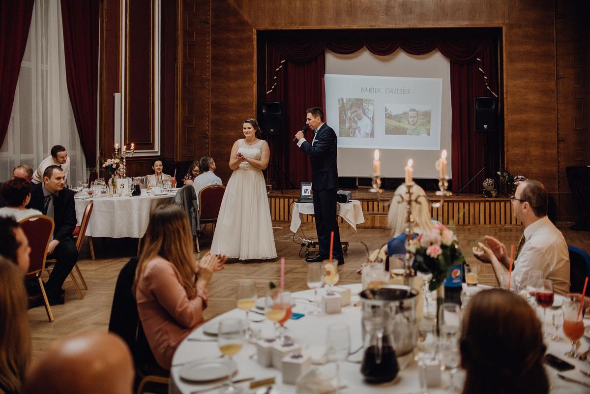 Swietliste-fotografia-slubna-Bydgoszcz-Kosciol-Garnizonowy-hotel-Pod-Orlem-Ania-Lukasz-fotografujemy-emocje-114