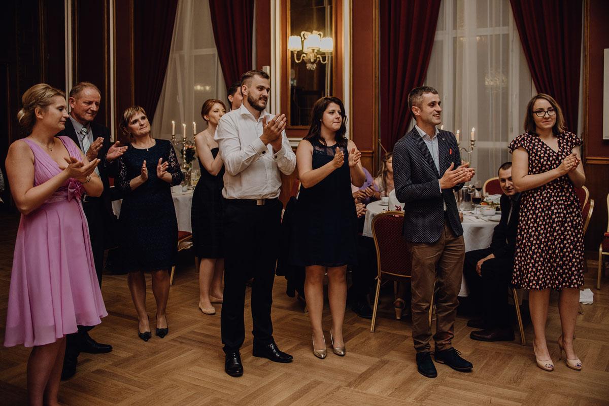 Swietliste-fotografia-slubna-Bydgoszcz-Kosciol-Garnizonowy-hotel-Pod-Orlem-Ania-Lukasz-fotografujemy-emocje-151