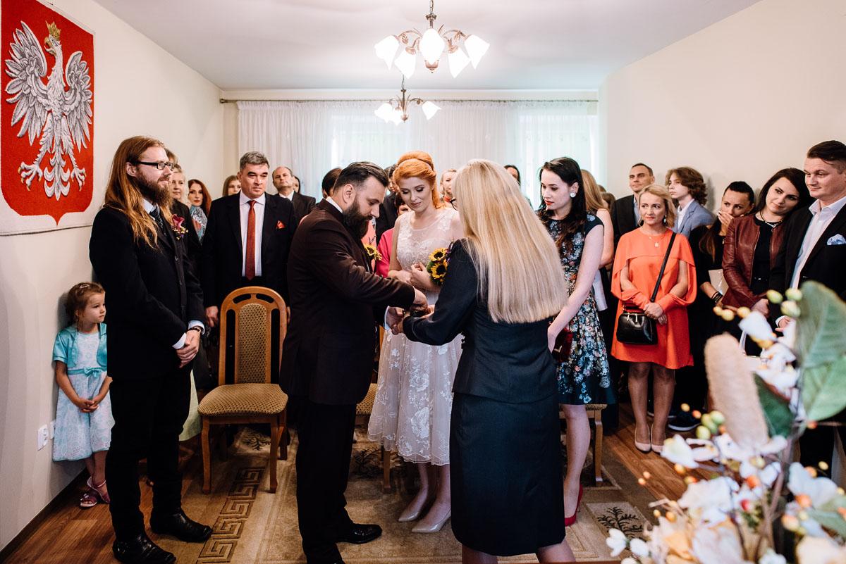 slub-slowianski-swarozyca-reportaz-slubny-wesele-stary-folwark-grebocin-fotografia-slubna-torun-swietliste-fotografujemy-emocje-pola-daniel-058