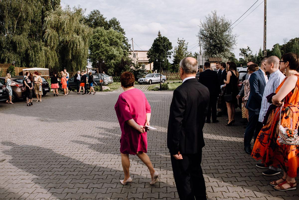slub-slowianski-swarozyca-reportaz-slubny-wesele-stary-folwark-grebocin-fotografia-slubna-torun-swietliste-fotografujemy-emocje-pola-daniel-071