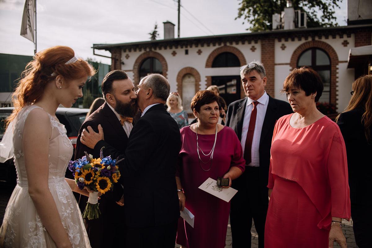 slub-slowianski-swarozyca-reportaz-slubny-wesele-stary-folwark-grebocin-fotografia-slubna-torun-swietliste-fotografujemy-emocje-pola-daniel-075