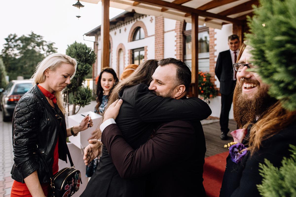 slub-slowianski-swarozyca-reportaz-slubny-wesele-stary-folwark-grebocin-fotografia-slubna-torun-swietliste-fotografujemy-emocje-pola-daniel-084