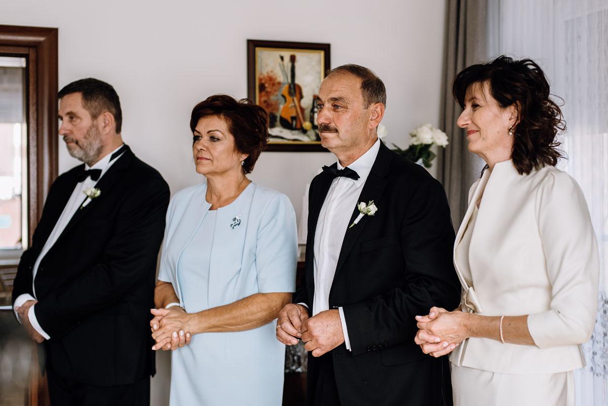 Swietliste-fotografia-slubna-Bydgoszcz-kosciol-sw-Mateusza-Apostola-Badkowo-Hotel-Amazonka-Ciechocinek-Natalia-Przemek-037