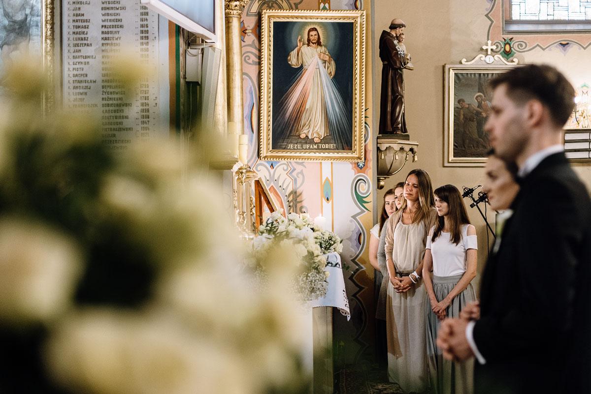 Swietliste-fotografia-slubna-Bydgoszcz-kosciol-sw-Mateusza-Apostola-Badkowo-Hotel-Amazonka-Ciechocinek-Natalia-Przemek-064