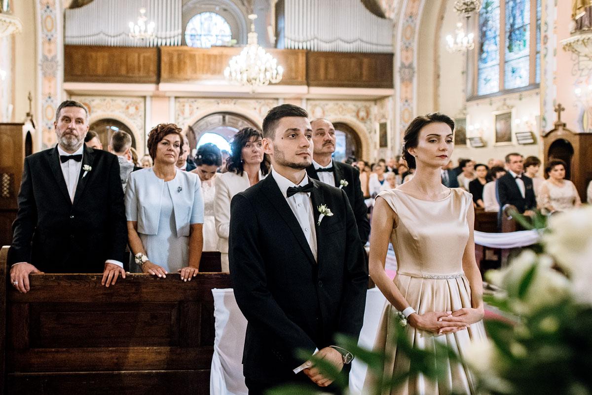 Swietliste-fotografia-slubna-Bydgoszcz-kosciol-sw-Mateusza-Apostola-Badkowo-Hotel-Amazonka-Ciechocinek-Natalia-Przemek-066