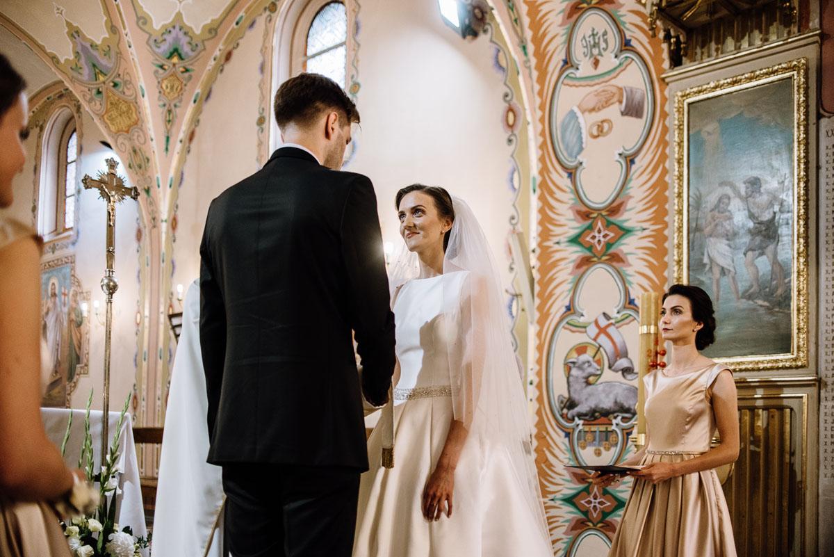 Swietliste-fotografia-slubna-Bydgoszcz-kosciol-sw-Mateusza-Apostola-Badkowo-Hotel-Amazonka-Ciechocinek-Natalia-Przemek-078
