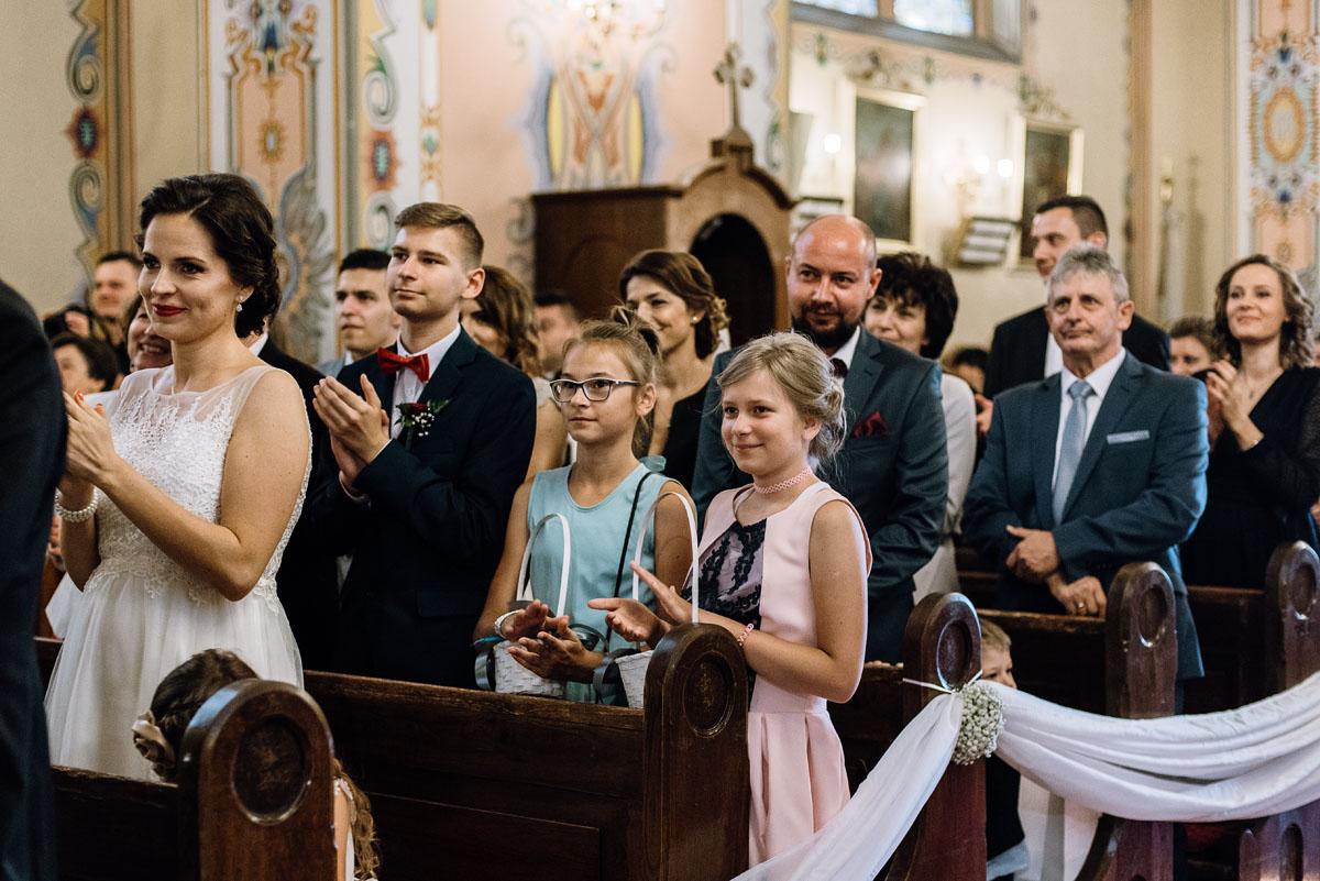 Swietliste-fotografia-slubna-Bydgoszcz-kosciol-sw-Mateusza-Apostola-Badkowo-Hotel-Amazonka-Ciechocinek-Natalia-Przemek-085