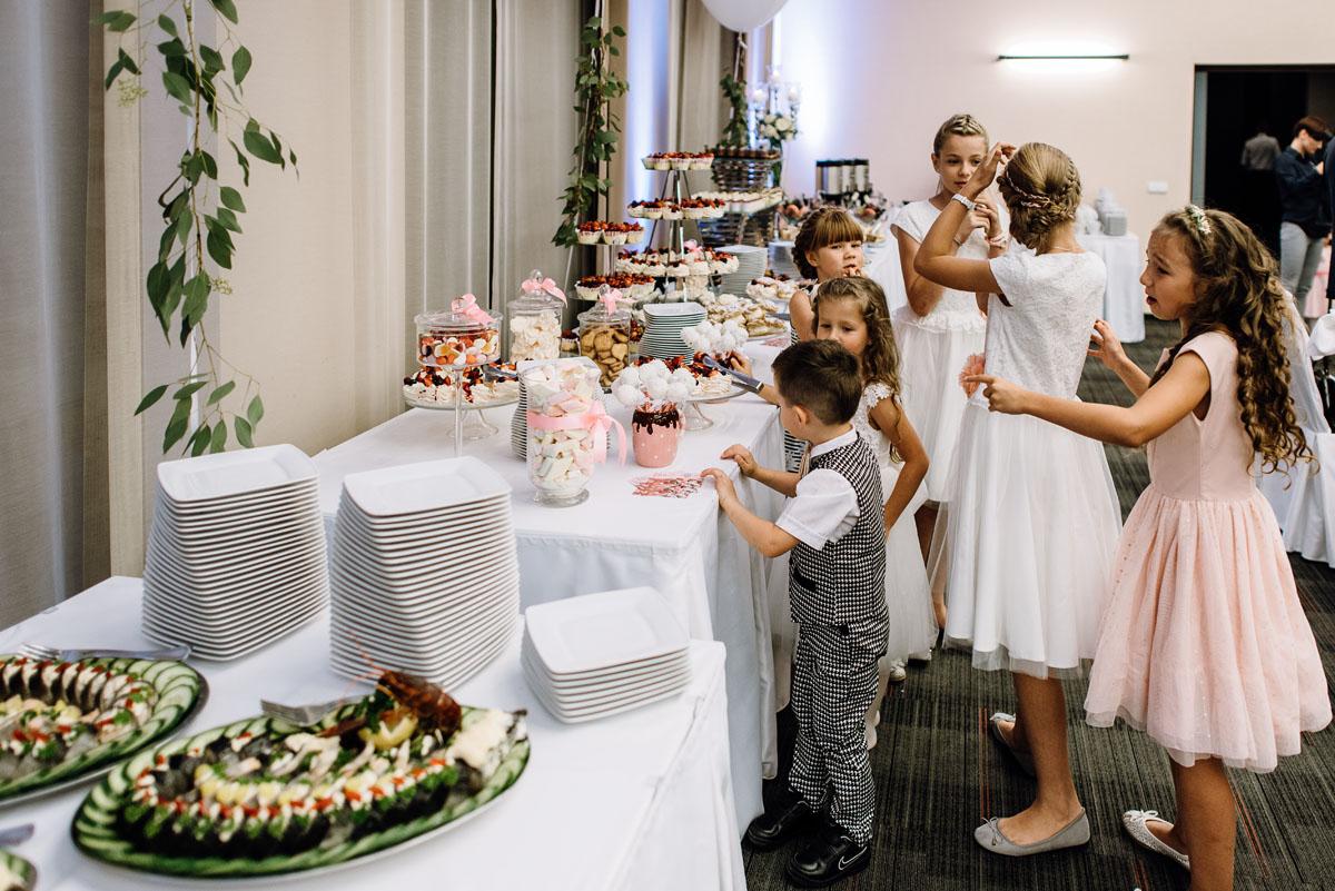 Swietliste-fotografia-slubna-Bydgoszcz-kosciol-sw-Mateusza-Apostola-Badkowo-Hotel-Amazonka-Ciechocinek-Natalia-Przemek-137