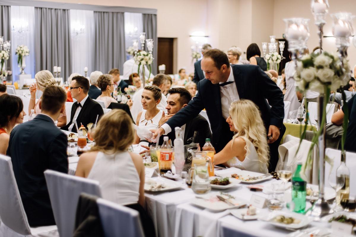 Swietliste-fotografia-slubna-Bydgoszcz-kosciol-sw-Mateusza-Apostola-Badkowo-Hotel-Amazonka-Ciechocinek-Natalia-Przemek-140