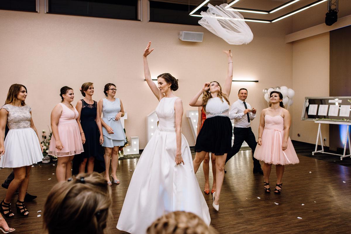 Swietliste-fotografia-slubna-Bydgoszcz-kosciol-sw-Mateusza-Apostola-Badkowo-Hotel-Amazonka-Ciechocinek-Natalia-Przemek-196