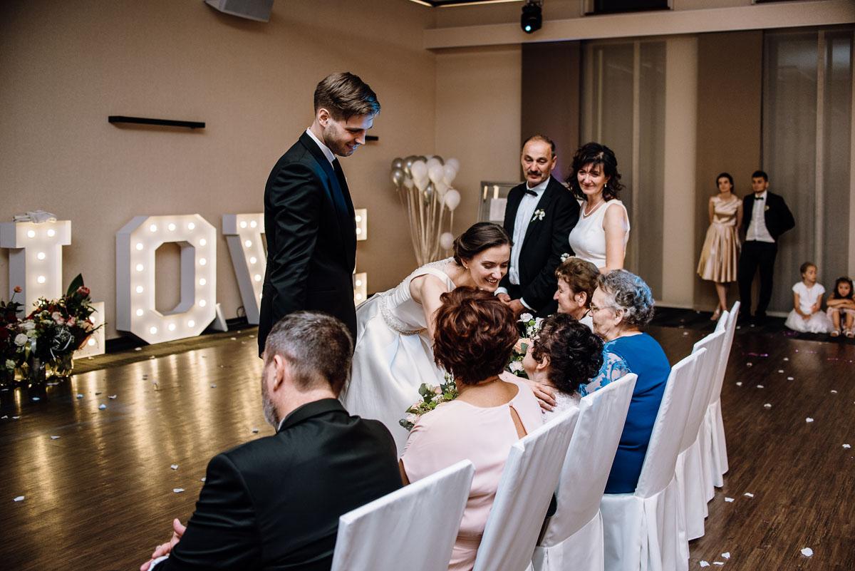 Swietliste-fotografia-slubna-Bydgoszcz-kosciol-sw-Mateusza-Apostola-Badkowo-Hotel-Amazonka-Ciechocinek-Natalia-Przemek-211