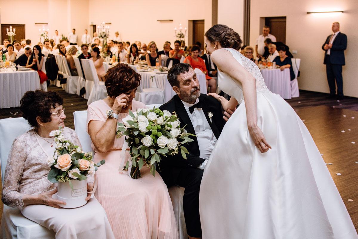 Swietliste-fotografia-slubna-Bydgoszcz-kosciol-sw-Mateusza-Apostola-Badkowo-Hotel-Amazonka-Ciechocinek-Natalia-Przemek-214