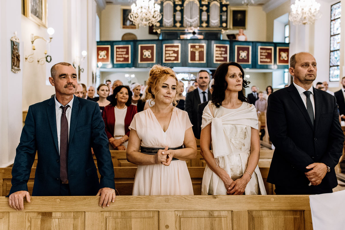 reportaz-slubny-Ola-Kamil-slub-kosciol-sw-Stanislawa-wesele-restauracja-Lesna-Solec-Kujawski-Swietliste-fotografujemy-emocje-069