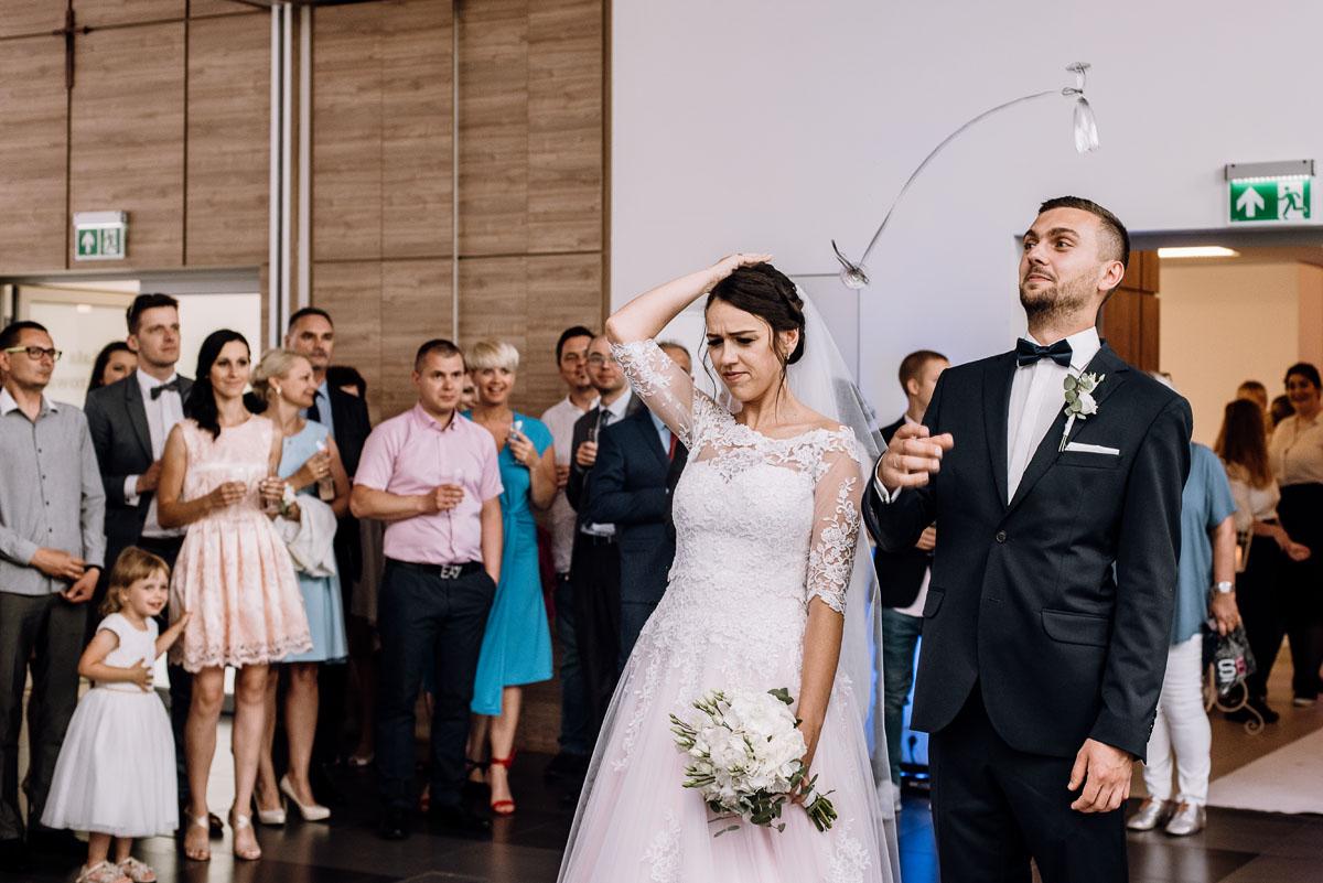 reportaz-slubny-Ola-Kamil-slub-kosciol-sw-Stanislawa-wesele-restauracja-Lesna-Solec-Kujawski-Swietliste-fotografujemy-emocje-106