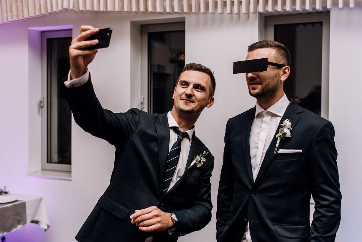 reportaz-slubny-Ola-Kamil-slub-kosciol-sw-Stanislawa-wesele-restauracja-Lesna-Solec-Kujawski-Swietliste-fotografujemy-emocje-182