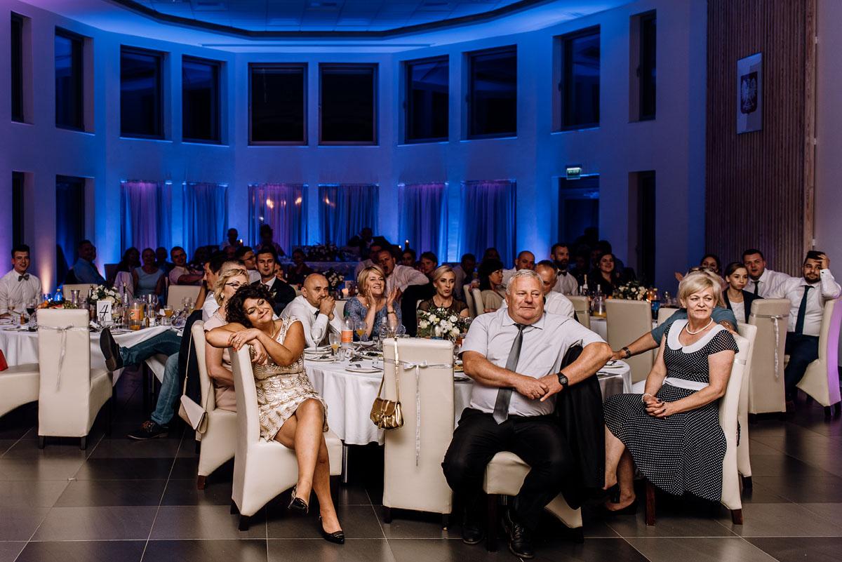 reportaz-slubny-Ola-Kamil-slub-kosciol-sw-Stanislawa-wesele-restauracja-Lesna-Solec-Kujawski-Swietliste-fotografujemy-emocje-192