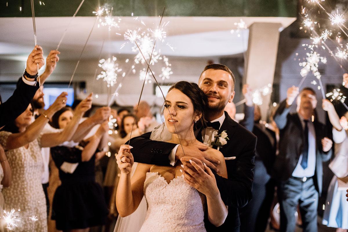 reportaz-slubny-Ola-Kamil-slub-kosciol-sw-Stanislawa-wesele-restauracja-Lesna-Solec-Kujawski-Swietliste-fotografujemy-emocje-204