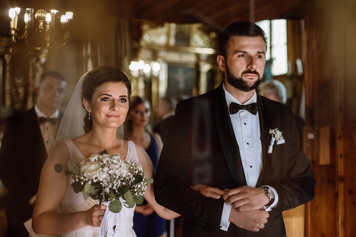 reportaz-slubny-Torun-kosciol-Swietego-Marcina-Biskupa-Gorale-wesele-Ryteblota-Resort-SPA-fotograf-swietliste-fotografujemy-emocje-083