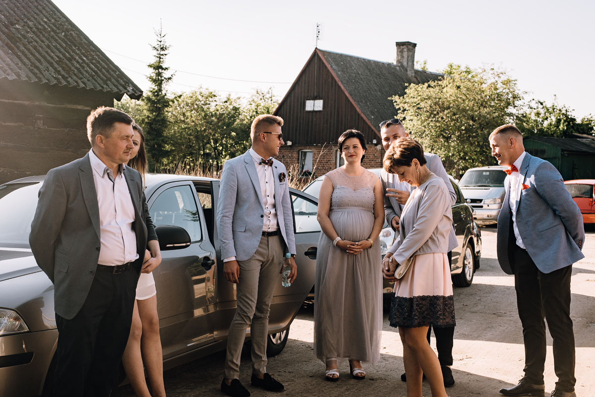 reportaz-slubny-Torun-kosciol-Swietego-Marcina-Biskupa-Gorale-wesele-Ryteblota-Resort-SPA-fotograf-swietliste-fotografujemy-emocje-091