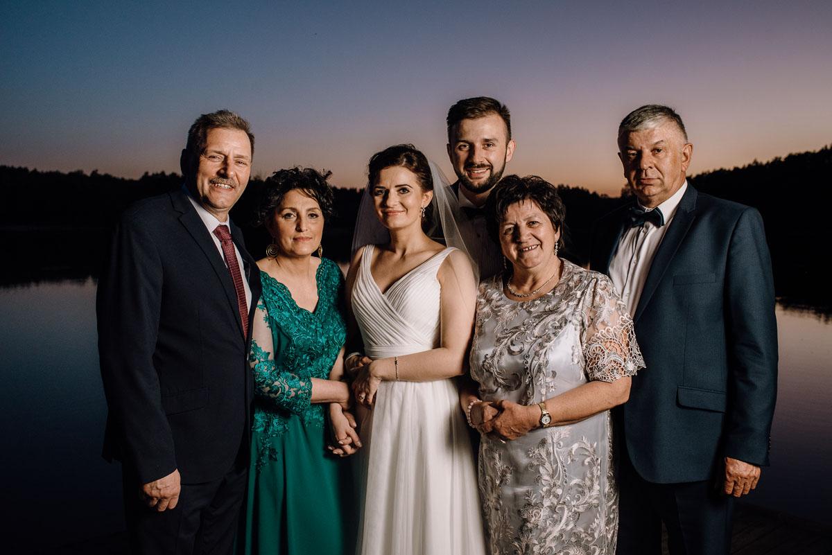 reportaz-slubny-Torun-kosciol-Swietego-Marcina-Biskupa-Gorale-wesele-Ryteblota-Resort-SPA-fotograf-swietliste-fotografujemy-emocje-137