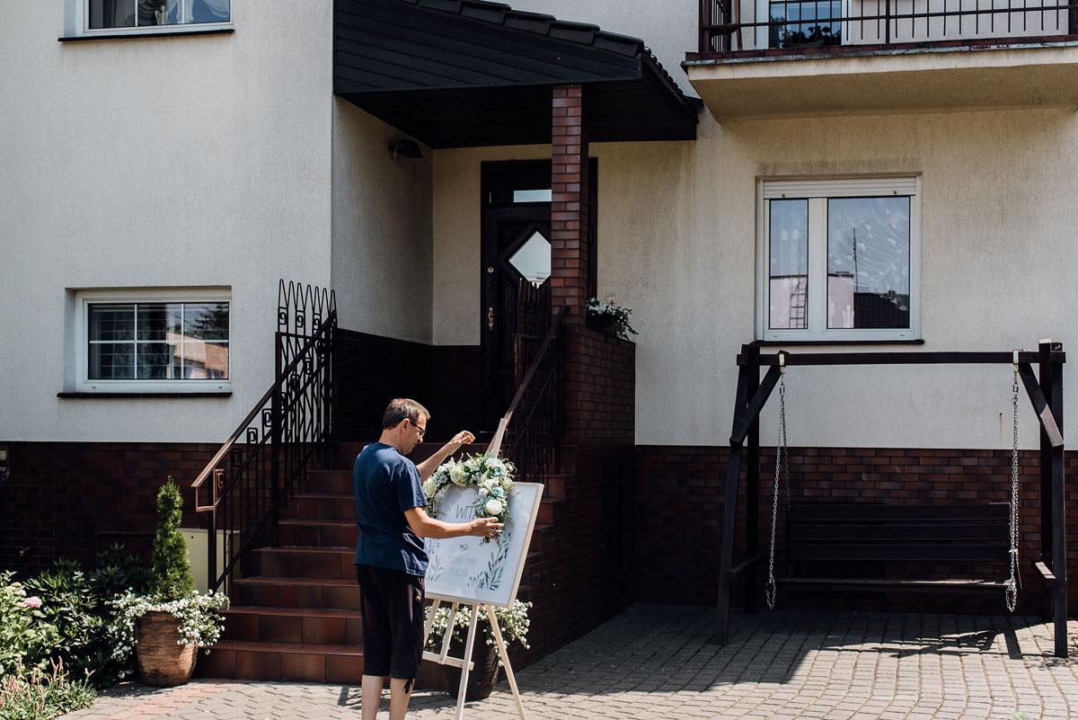 reportaz-slubny-dworek-Milusin-Zielonka-kosciol-Michala-Kozala-Biskupa-Meczennika-Bydgoszcz-Swietliste-fotografujemy-emocje-Justyna-Tomasz-003
