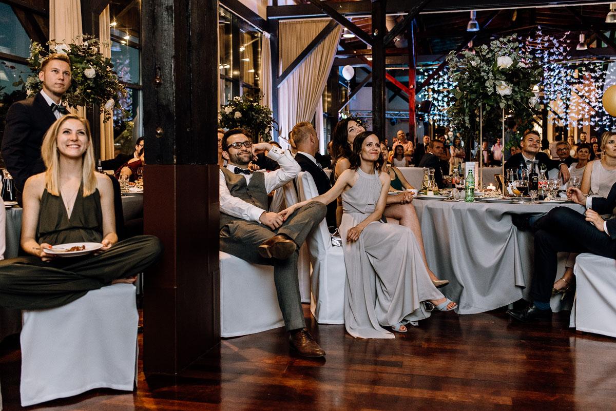 elegancki-geometryczny-slub-glamour-Jazdzowki-Gerczak-Ilawa-Swietliste-fotografujemy-emocje-Maja-Kuba-237